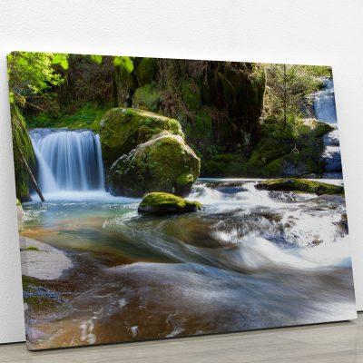 tableau-courant-deau-cascade-eau-foret-riviere-decoration-murale-deco-murale-artetdeco